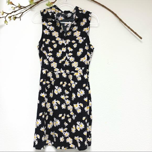 H&M Dresses & Skirts - H&M Divided sunflower dress black polka dot